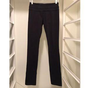 lululemon Skinny Groove Pants, Black, size 6
